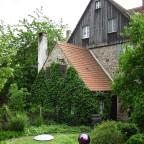 steinernes Gartenhaus von 1921 zum Wohnhaus Vorderer Spitzenberg 23