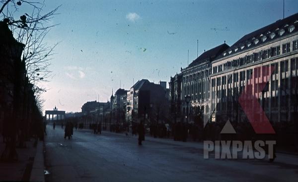 Unter den Linden 1938 b