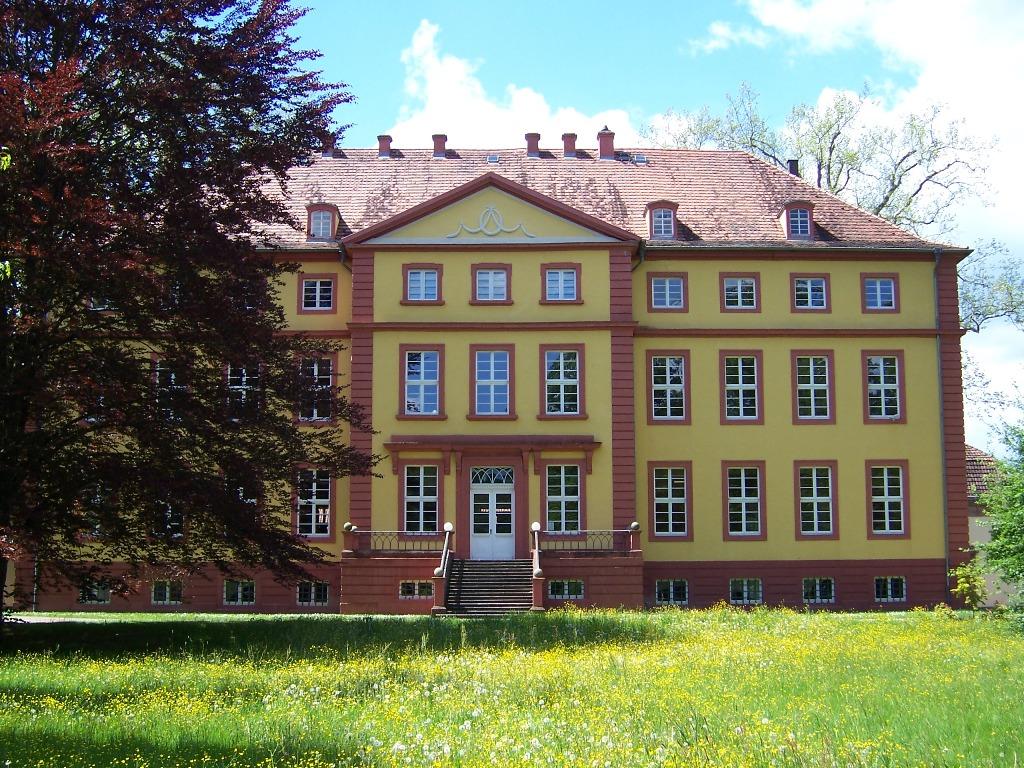 Schloss Hallenburg