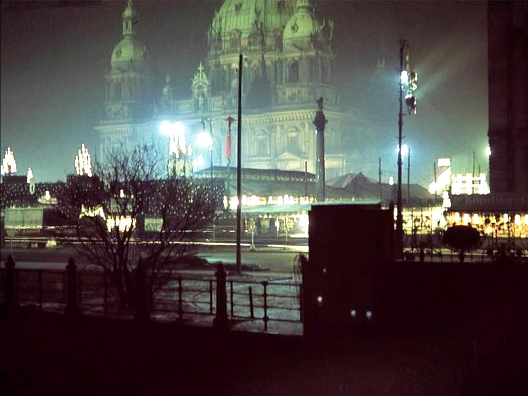 Dom Berlin Weihnachtsmarkt