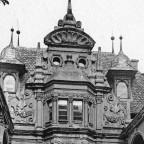 Karl_Emil_Otto_Fritsch-Denkmaeler_Deutscher_Renaissance-1891-Nuernberg-Pellerhaus_zu_Nuernberg_Aegidienplatz_1605_Hof-Ansicht_bearbeitet