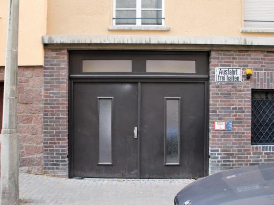 Adam-Kuckhoff-Straße 17b 6
