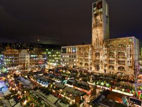 Weihnachtsmarkt Projektion Stuttgart