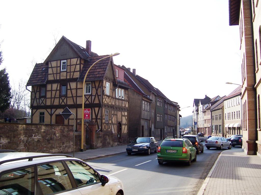 Bahnhofstraße (3)