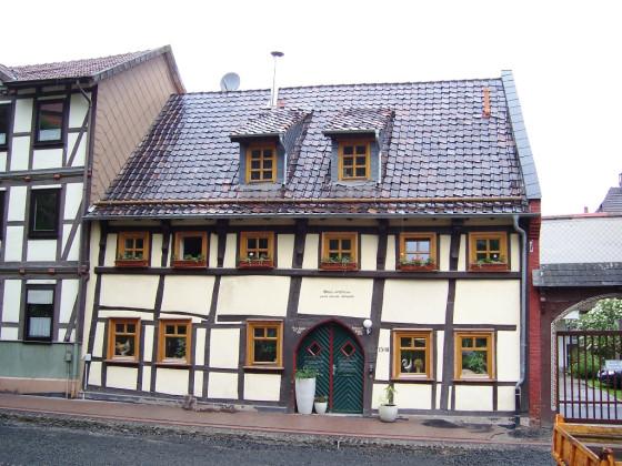 Am Kirchplatz (1)