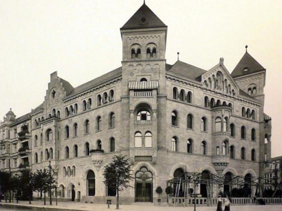 Romanisches Haus II, 1903~10