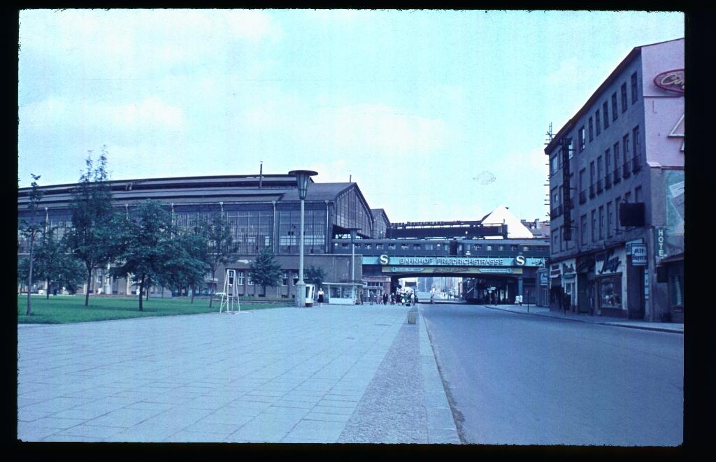 Friedrichstraße (8)