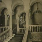 Romanisches Haus I, Treppenhaus