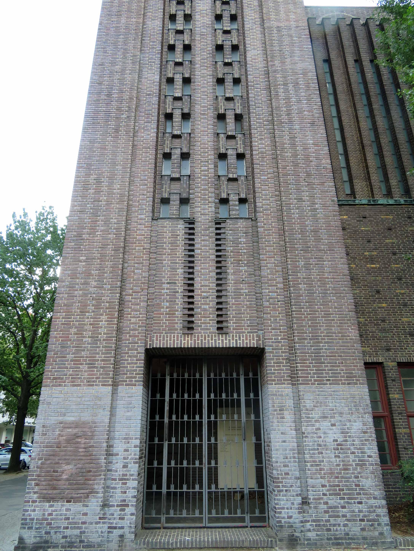 Kirche am Hohenzollernplatz