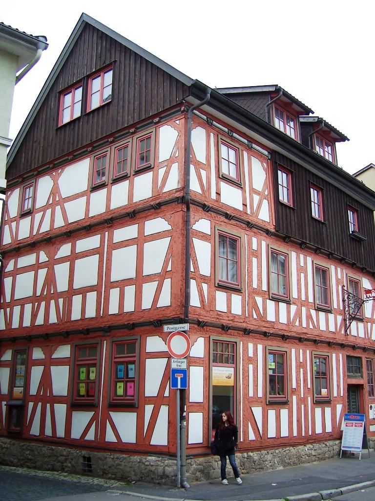 Ernestinerstraße 13
