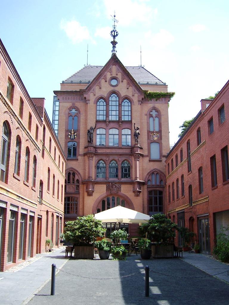 Bergstraße 22 (2)