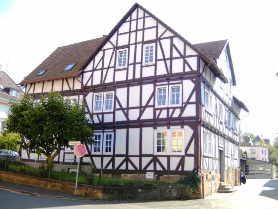 Vorstadt (2)