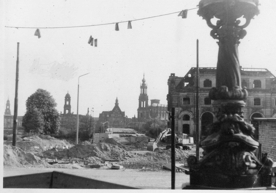 Blockhaus Dresden, Mai 1976