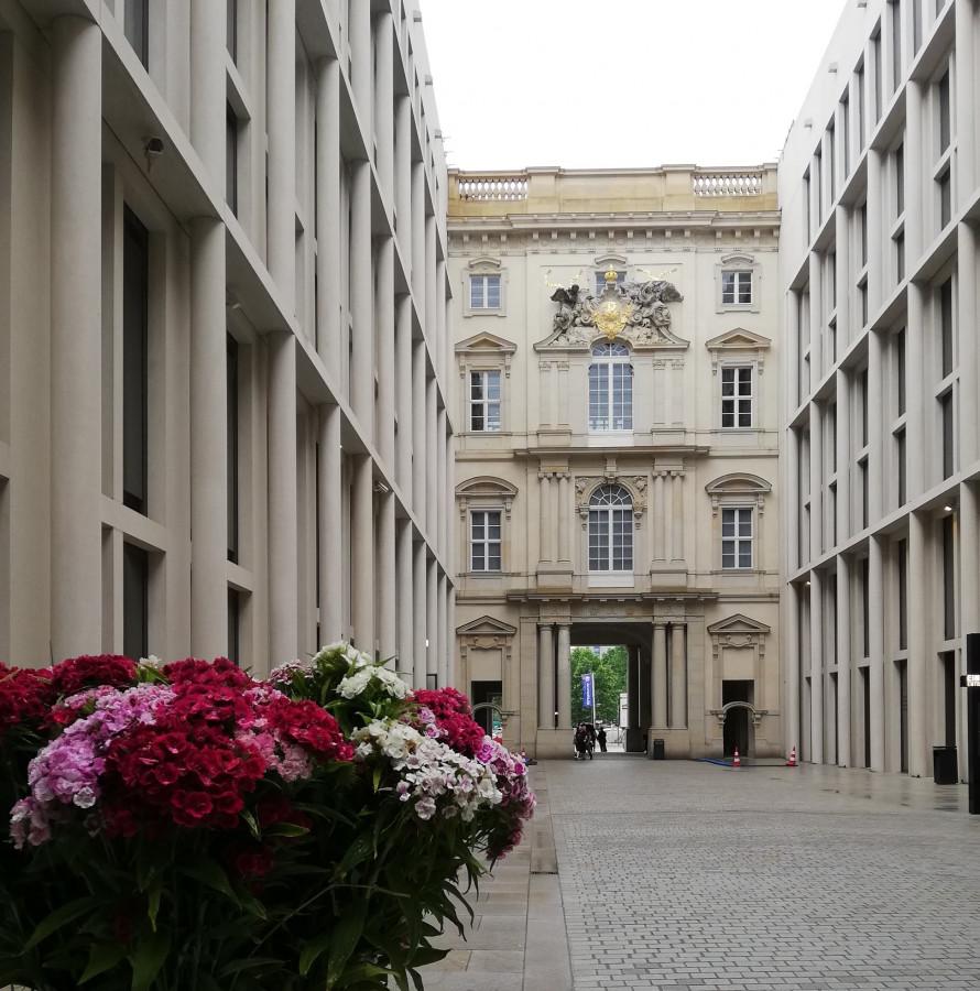 Berliner Schloss im Regen (Schlüterhof)