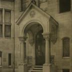 Romanisches Haus I, Hofeingang