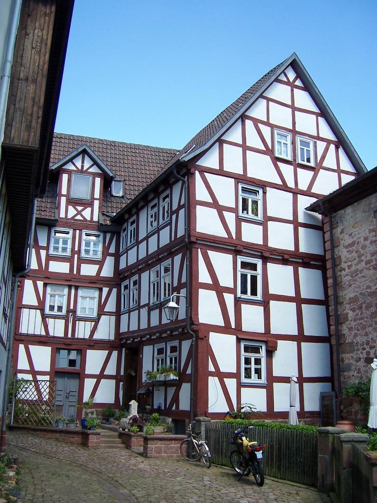 Ottoburg (4)