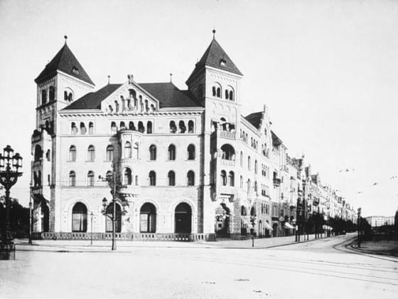 Romanisches Haus II, 1903