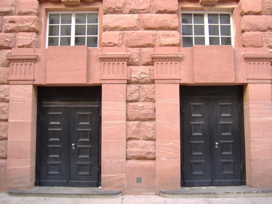 Theater Mainz 1910, Seiteneingang 2005