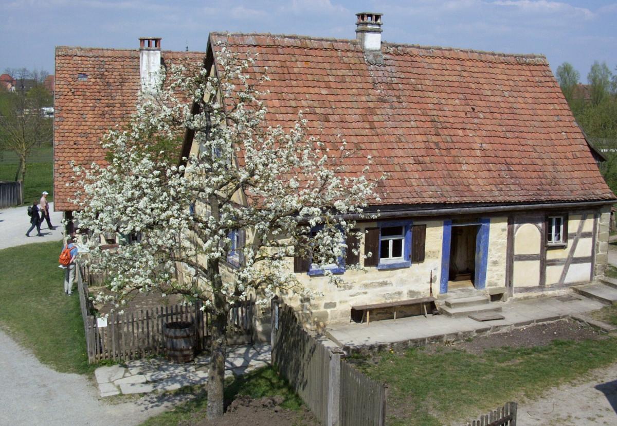Zwei Kleinbauernhöfe aus Mittelfranken