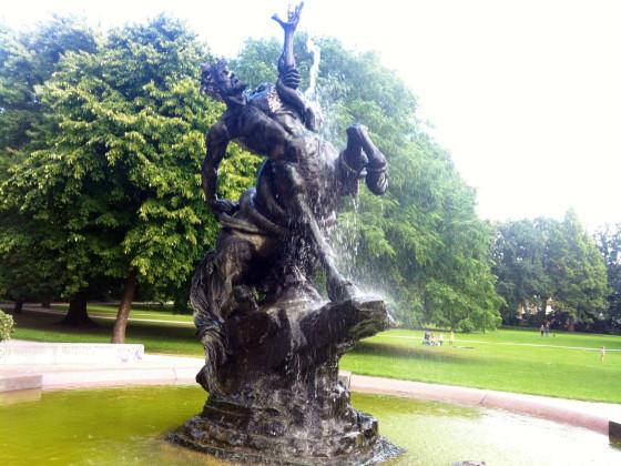 Bremen Zentaurenbrunnen von August Sommer