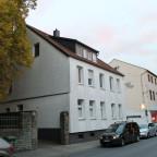 Unsanierte Gründerzeitler in der Thomästraße