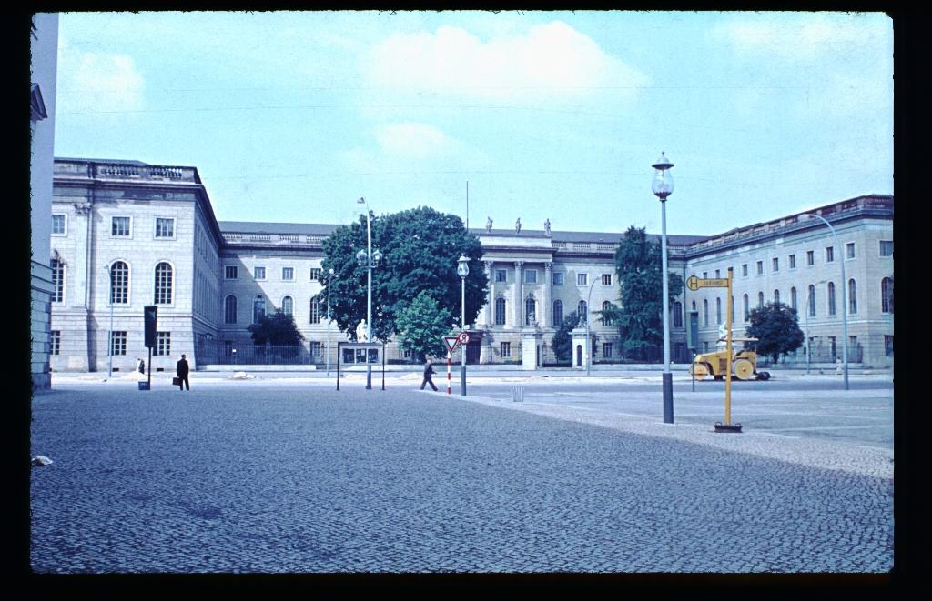 Unter den Linden (8)