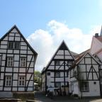 Rückseite der Fachwerkbauten des Vreithofs