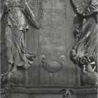 Inschrift Denkmalssockel