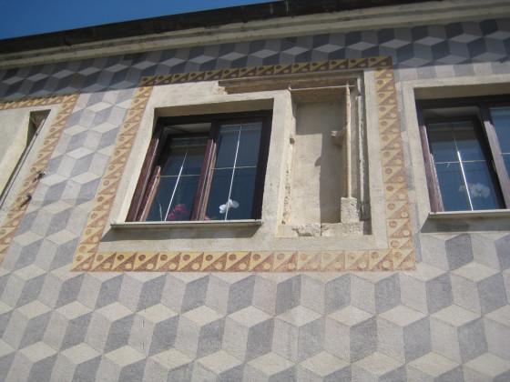 vermauertes gotisches Fenster