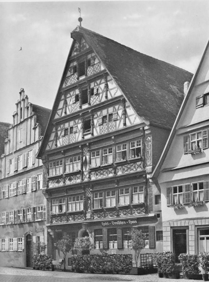 """Dinkelsbühl Weinmarkt 3, Gasthof """"Deutsches Haus"""""""