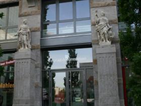 Leipzig-Altstadt-Katarinenstr-Figuren Jöchersches Haus um 1738