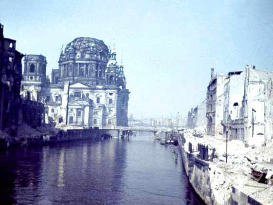 Schloß_Dom Berlin 1946