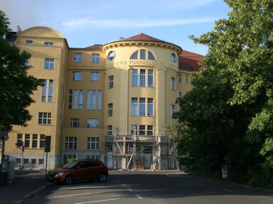 Leipzig Leplaystraße 11 Turnhalle saniert