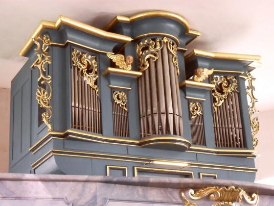 Orgel der Pfarrkirche Binzwangen ( 1760 Gessinger, Rothenburg )