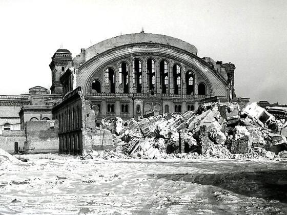 Berlin, Anhalter Bahnhof, nach Sprengung der Südfassade