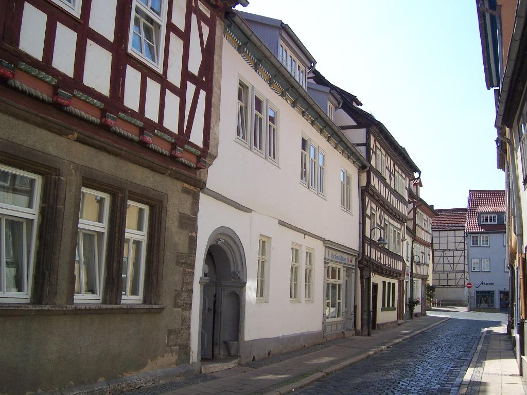 Vor dem Schlosse (3)