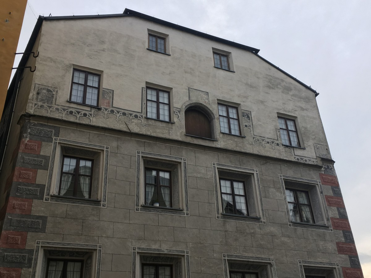 Zinnengiebel Hall in Tirol