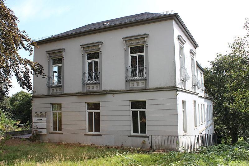 21822-800px-ulrichs-sches-wohnhaus-in-bremen-weserstra%C3%9Fe-65-jpg